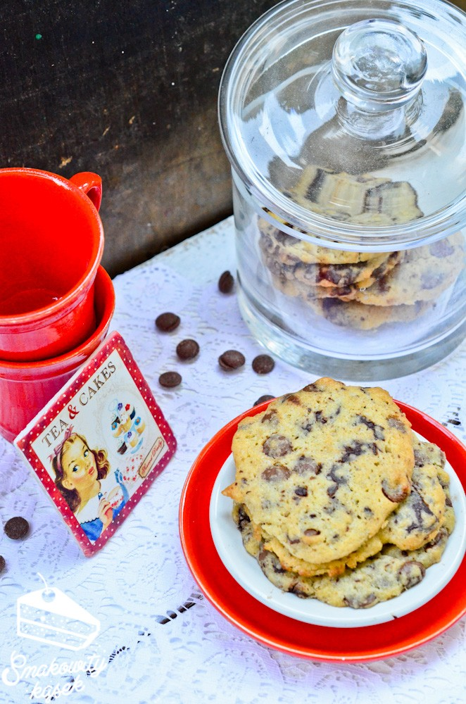 chocolate chip cookies-2