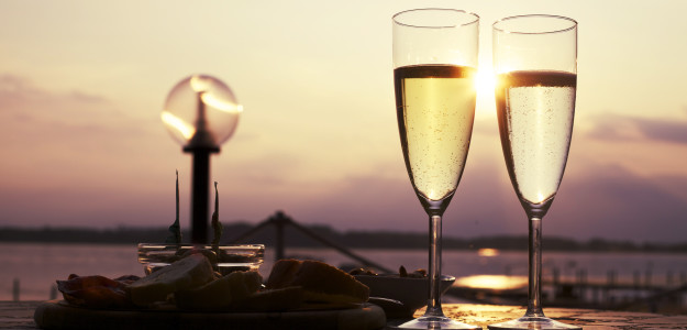 champagne-date-drink-1248