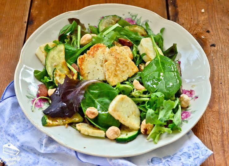 salatka z halloumi 2